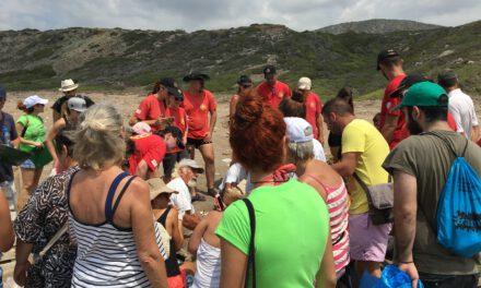 Με μεγάλη συμμετοχή εθελοντών ο καθαρισμός της παραλίας Λάρας, από τη Νεολαία Οικολόγων