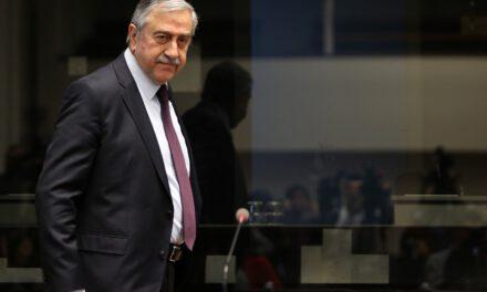 Προκλητική η λογική Ακιντζί που ζητά να γίνει συνάντηση Ελλάδας- Τουρκοκυπρίων