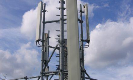 Με 50 νέες κεραίες κινητής τηλεφωνίας απειλείται η Αγία Νάπα