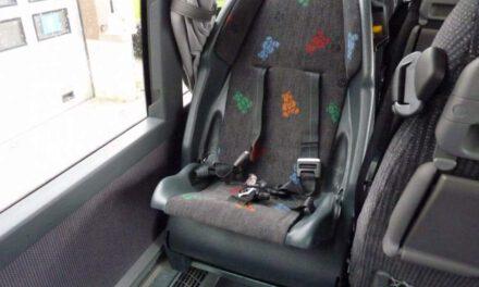 Δεν λήφθηκε κανένα μέτρο για εφαρμογή του νόμου για τα παιδικά καθίσματα σε λεωφορεία