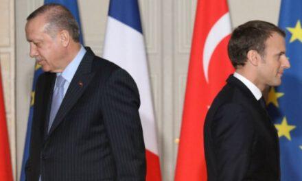 Προκλητικός ο Ερντογάν έναντι της Γαλλικής αλληλεγγύης. Επικαλείται τις συνθήκες εγγύησης  που είναι ήδη νεκρές