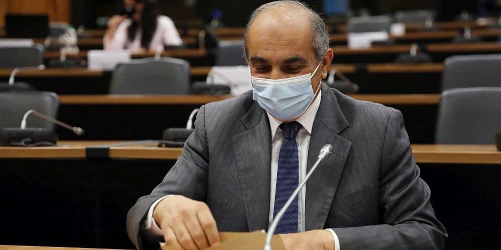 Προκλητικοί οι «αστέρες» του βίντεο του Al Jazeera. Δικαίωμα στη σιωπή, προνόμια, λιμουζίνες και πλάτες από τα κόμματα