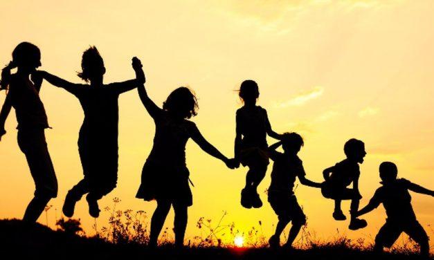 Η ημέρα της Πολύτεκνης Μάνας μας υπενθυμίζει τις ευθύνες της πολιτείας απέναντι στην πολύτεκνη οικογένεια