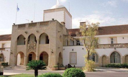 Τασσόμαστε υπέρ της στοχευμένης μη ανανέωσης ή έκδοσης ταξιδιωτικών εγγράφων της Κυπριακής Δημοκρατίας σε «αξιωματούχους» του ψευδοκράτους