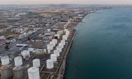 Απαράδεκτη η νέα παράταση της τελικής ημερομηνίας μετακίνησης των πετρελαιοδεξαμενών στην Λάρνακα